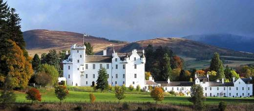 4 Day Historical Castles, Highland Villages & Whisky Tour